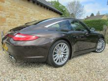 Car Consultant acquires Porsche 911 Targa 4 for client